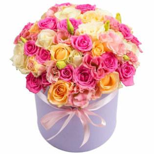Цветы в коробке «Малиновое мороженное»